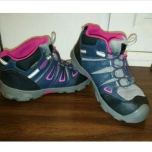 Keen Sport Oakridge Sz 4 Waterproof Hiking Boots